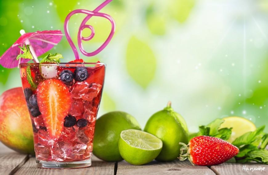 Фруктовый витаминный напиток