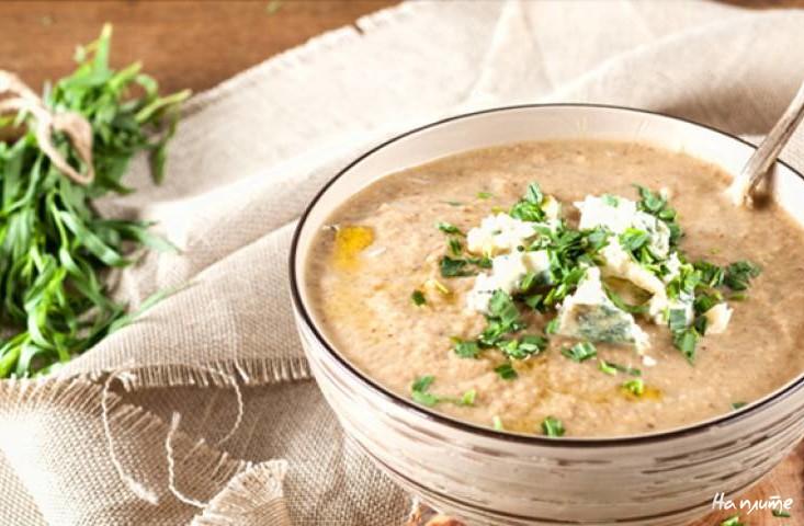 Сырный суп с Пармезаном и чесноком